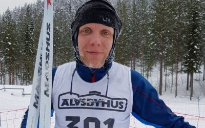 Cross country skiing in the north